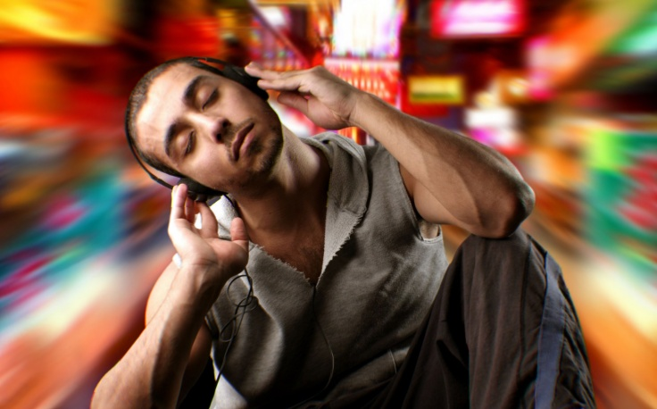 Słuchanie muzyki.