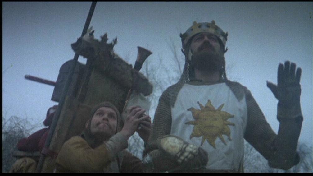 Król Artur - Monty Python. Stukanie kokosem