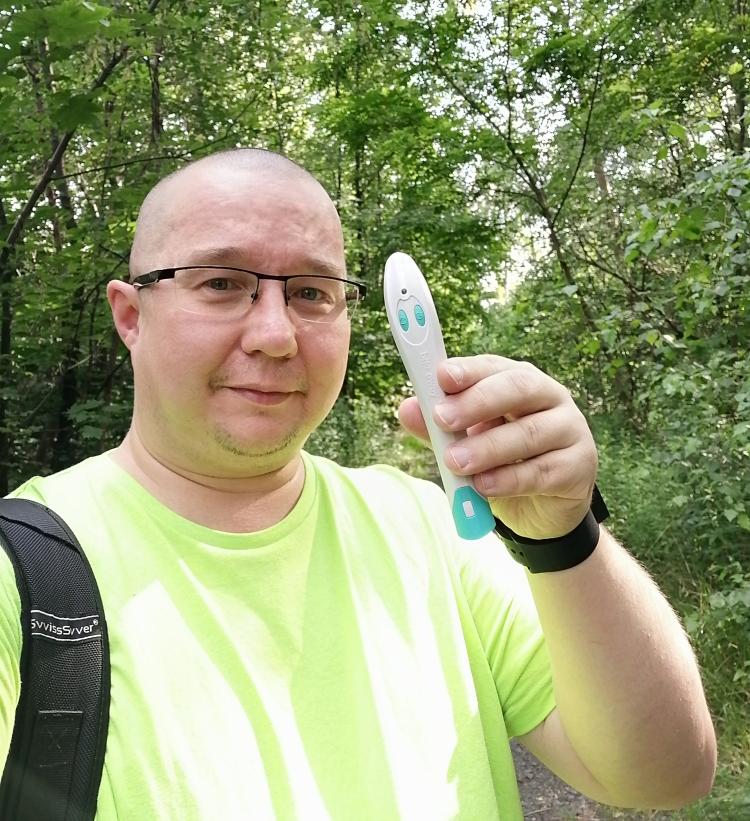 Sposób na ukąszenia komarów w lesie